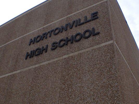 636196683772952498-APC-n-PG-Hortonville-Grads02.jpg