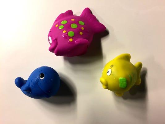 636211295186229391-Bath-toy-mold-07.JPG