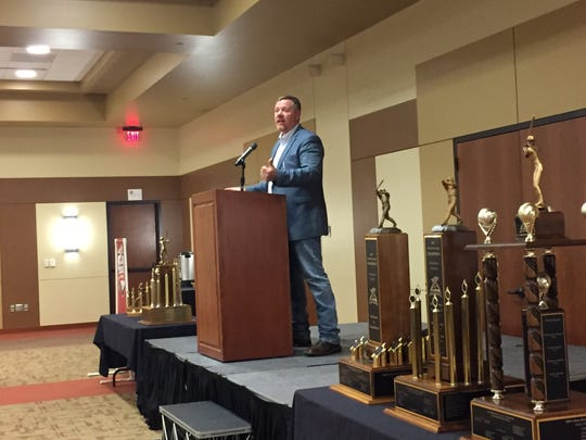 San Francisco Giants assistant hitting coach Steve Decker, a Keizer resident, was guest speaker for the Volcanoes 10th annual Winter Sports Banqet at the Keizer Community Center on Feb. 4, 2017.