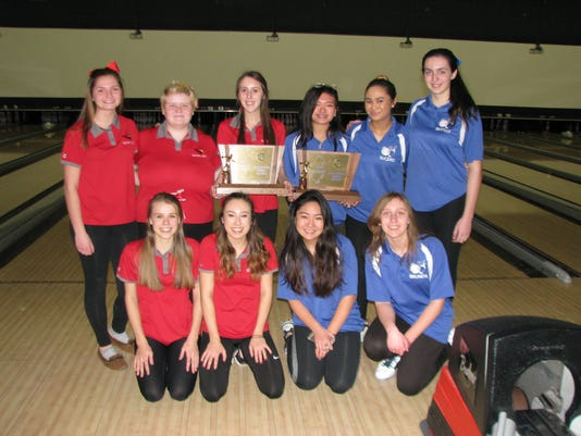 2017 state girls bowling team finals, Westwood & Holy Angels