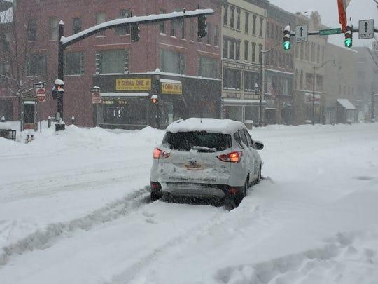 Cat Litter Snow Car