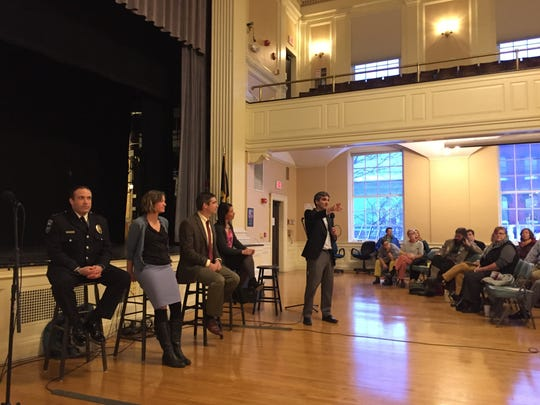 Mayor Miro Weinberger hosts a town hall about opioids in March of 2016
