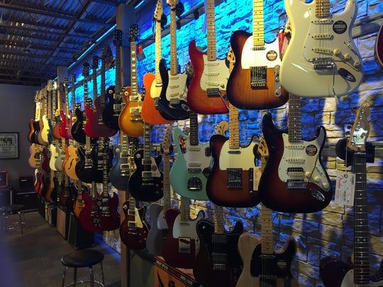 Cincinnati Guitar Show is this weekend