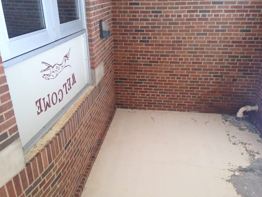The entrance at King Street School in Eaton Rapids.