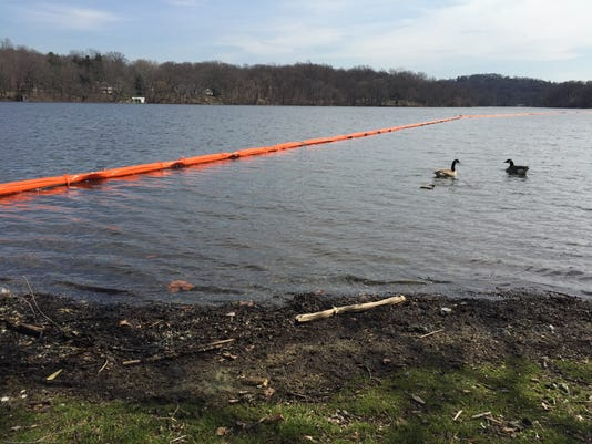Pompton Lake cleanup