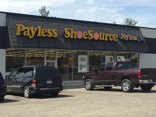 01 LAN Payless Shoes 0406