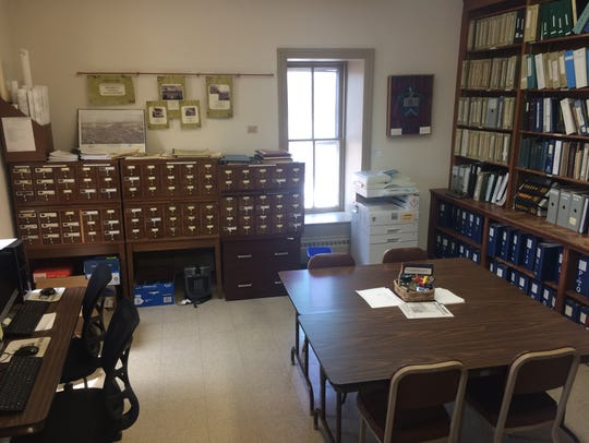 The library of the Franklin County Historical Society,