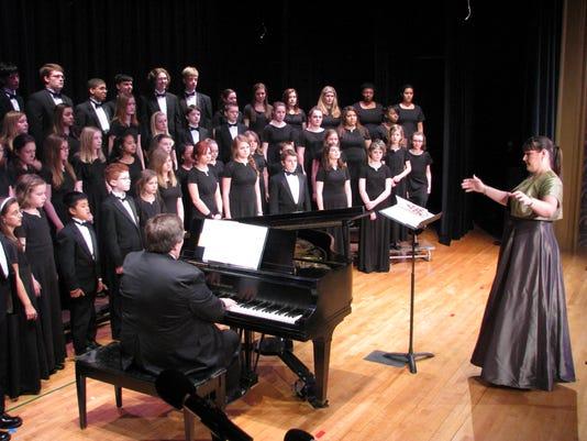 636294017167319053-Louisville-Youth-Choir-w-T.Foster-conducting.jpeg
