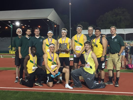 Regis' boys track and field team placed third at the OSAA Class 2A state track and field meet on Friday, May 19, 2017.