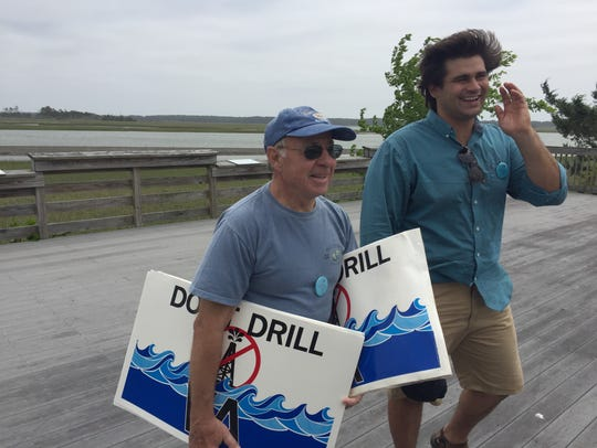 Bill Mastyl, left, with Virginia Eastern Shorekeeper