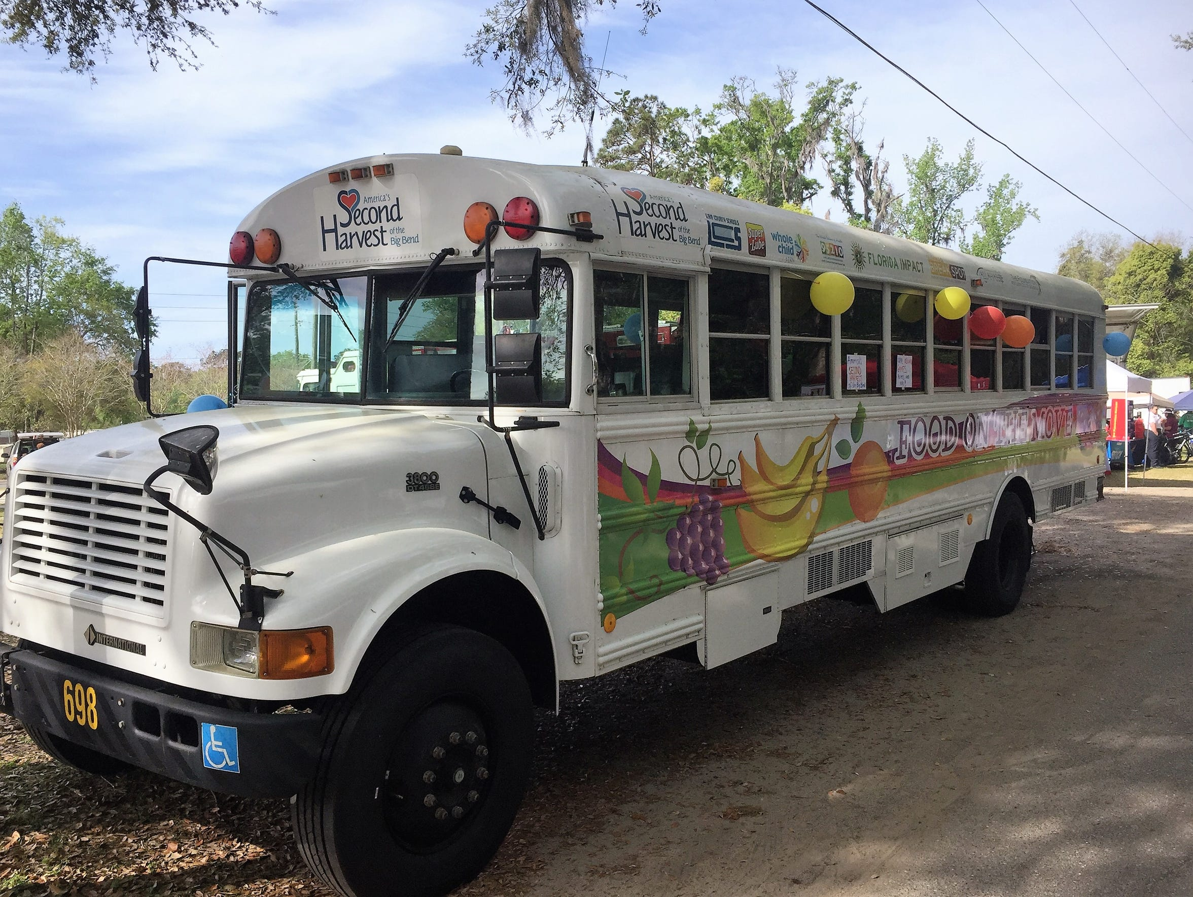 Food on the Move bus