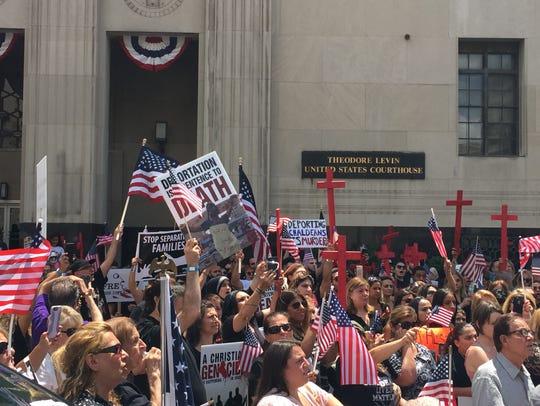 Hundreds of Iraqi-American Christians rally on June