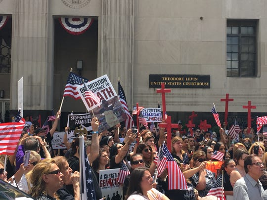 Hundreds of Iraqi-American Christians rally on June