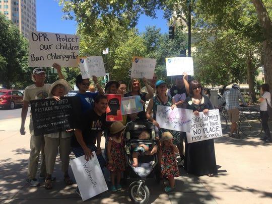 Demonstrators ask for ban on chlorpyrifos