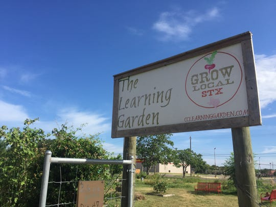 Grow Local South Texas invited gardeners to come and