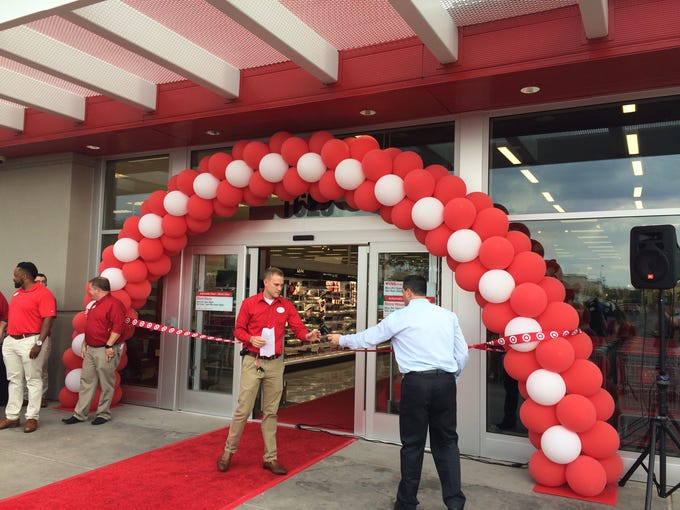 The company's newUptown Camelback store replaces a