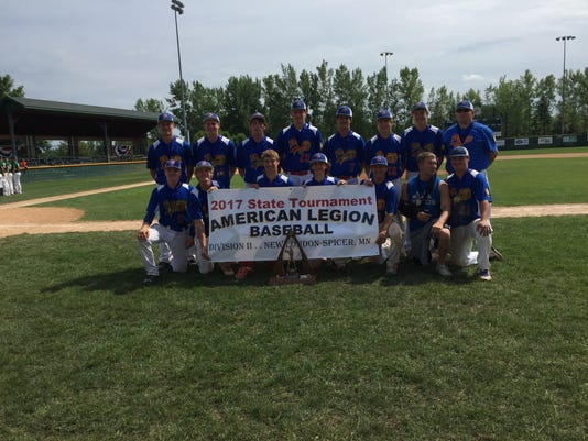 636370435870617295-Pierz-state-champs.JPG