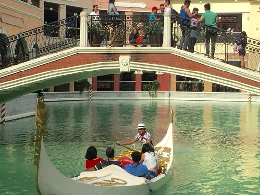 636377677348319906-Venice-in-Manila.jpeg