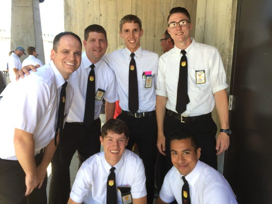 The six finalists in the Iowa Best Bagger competition