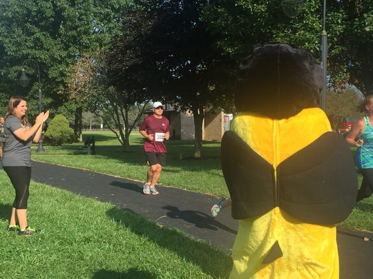More than 500 people showed up to Geller Park Saturday morning to participate in the annual Karis' Cause 5K, which raises money to help families dealing with pediatric cancer.