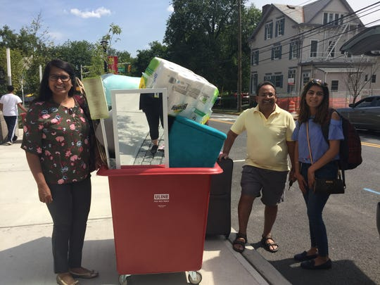 While elsewhere, senior Anika Kumar of Edison enlisted her own move-in team of mom Nandanie Kumar, dad Ajay Kumar and friend Nikita Jivrajani to do the heavy work for her. The trio moved the absent Scarlet Knight into Sojourner Truth Apartments on the College Avenue campus Sunday.