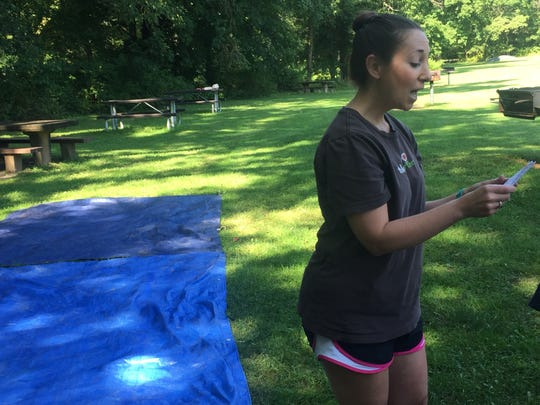 Melissa Ferrao speaking to her summer Tinkergarten