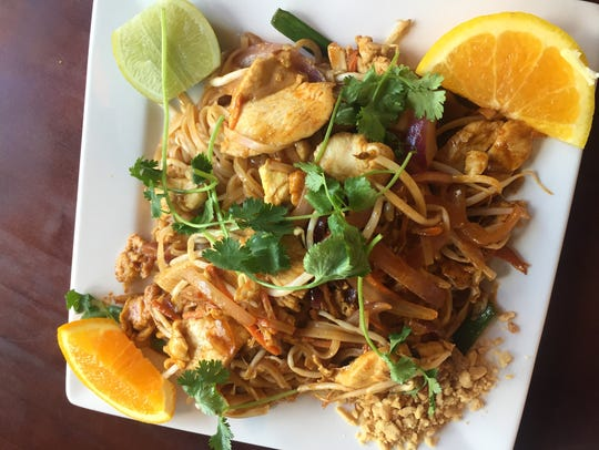 Thai Sapa's pad Thai is served with chicken or tofu,