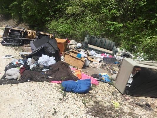636419393049742735-Illegal.dumping.jpg