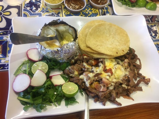 Tacos de alambre from Tacos Chinampa, 6110 Gateway Blvd. East.