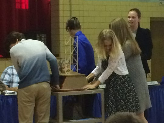 Chillicothe eighth-grade environmental science STEM