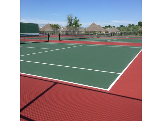 636446434944768646-Caddo-Magnet-tennis-courts.jpg