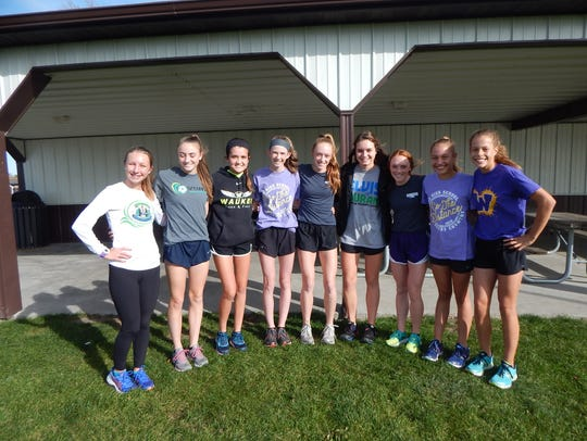 Waukee's girls' cross country team, which will compete