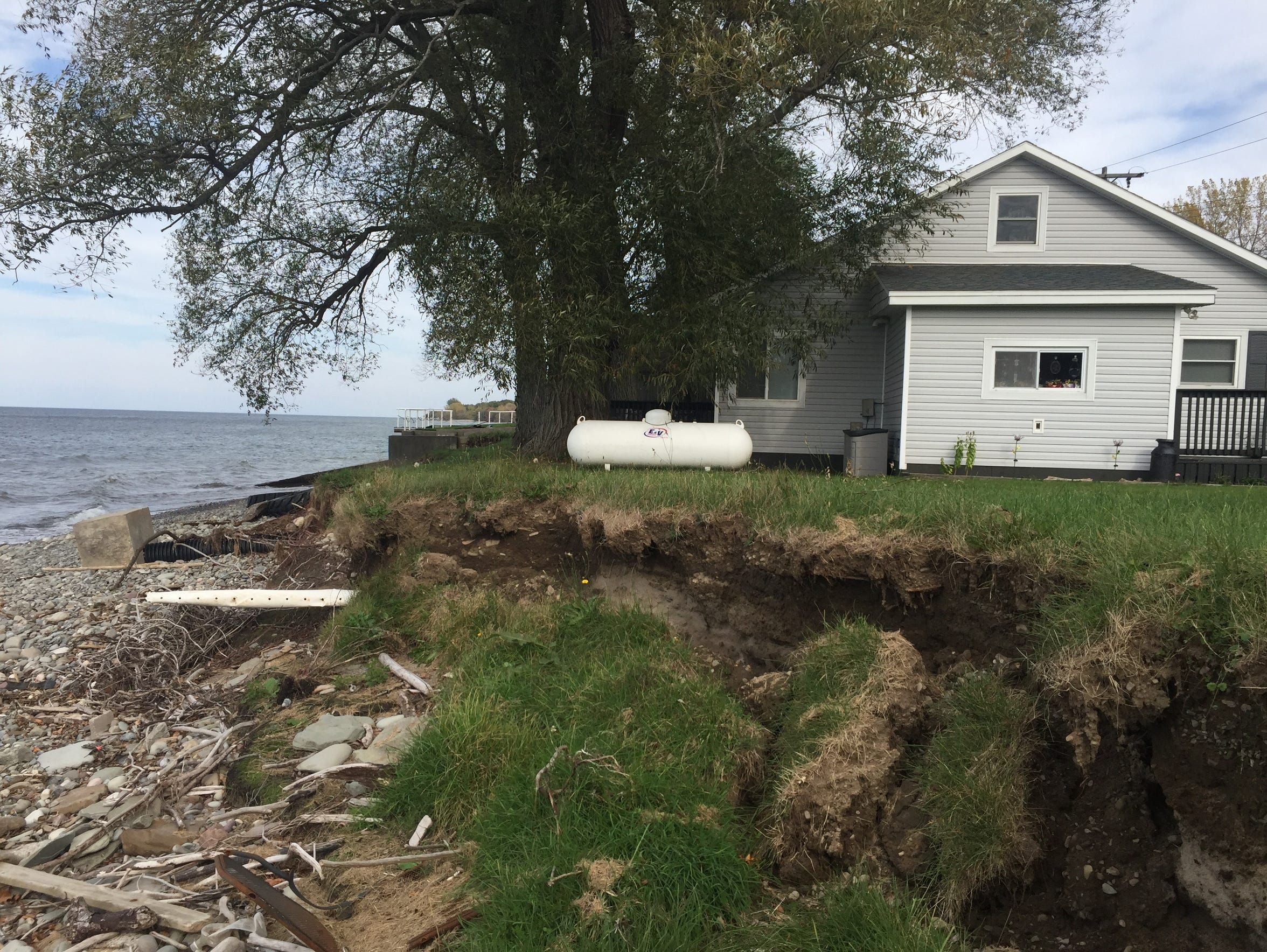 Erosion at Carolyn Noels home in Oswego