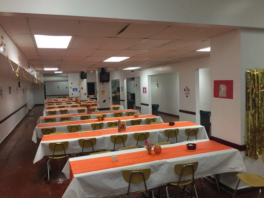 Volunteers expect roughly 1,500 attendees at the BHS Thanksgiving Day Dinner.