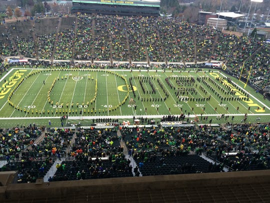 Both the Oregon and Oregon State bands play the national