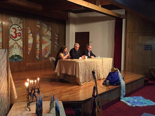 Panel discussion on Hanukkah, Diwali, Hindu-American, and Jewish-American communities, at Bharatiya Temple in Troy on Nov 30, 2017.