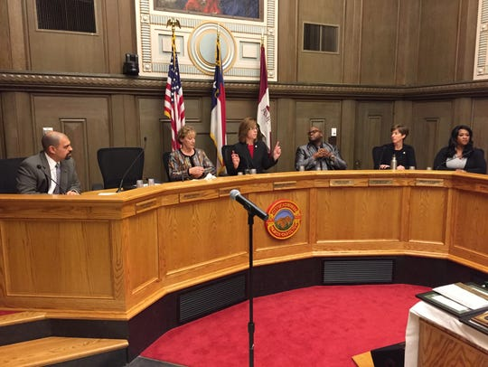 Newly-elected and re-elected City Council members officially