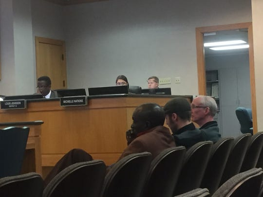 Several small business owners and members of the public spoke in favor of a resolution supporting existing net neutrality laws.
