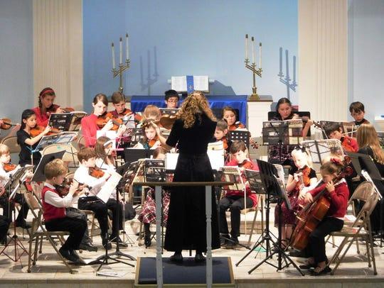The Da Capo ensemble playing Jingle Bells.