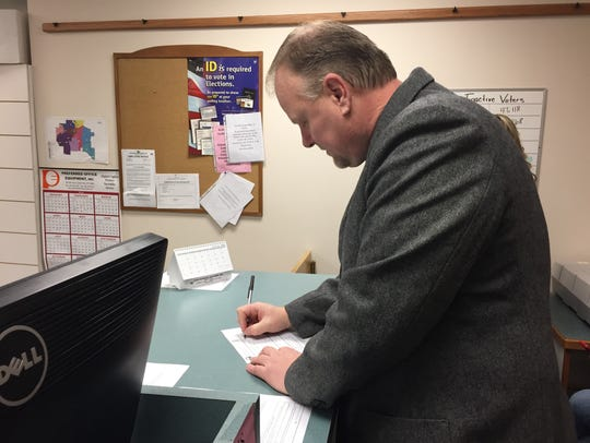 Lt. Bob Rosipal files for Cascade County sheriff on