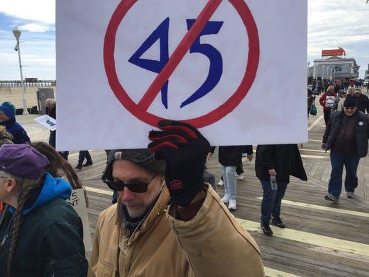 trump protest oc7
