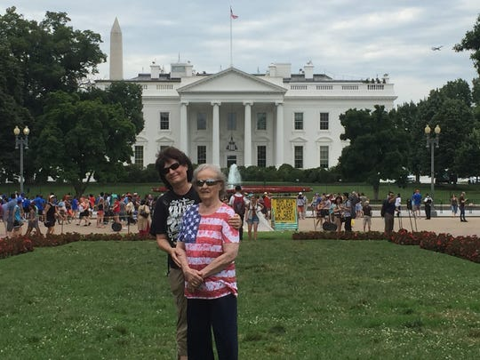 On the first day of a shared journey to Washington, D.C., in 2016, journalist Britt Kennerly took her mother, Helen, sightseeing.