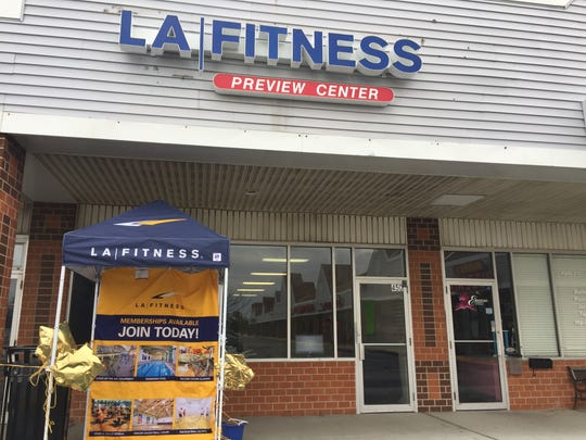 LA Fitness is offering membership and club information across the shopping center from its future Eden Square site in Bear.