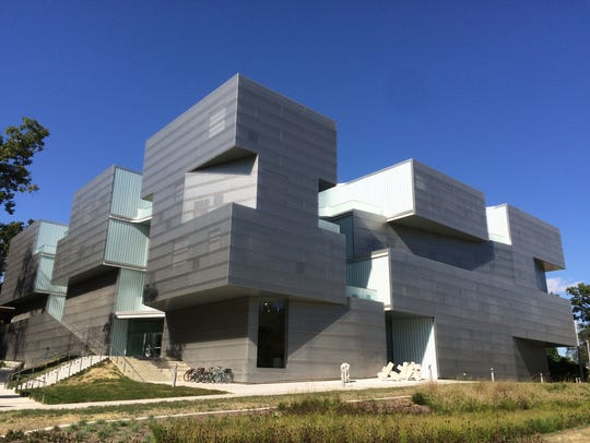 Visual Arts Building on University of Iowa's campus