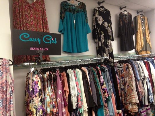 There's an emphasis on providing a wide selection of curvy girl sizes at Niche.