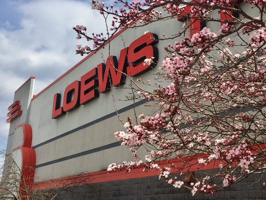 A Sicklerville man has sued the AMC Loews cineplex in Cherry Hill, alleging he was injured when his seat broke.