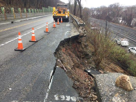 636594915111434678-Route-11-15-masonry-wall-collapse-1-.jpeg