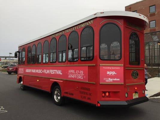 636604506529915382-trolley.jpg