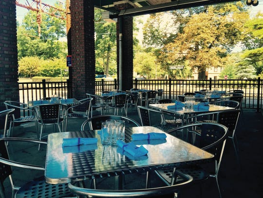 Boxcar Bar & Grill in Short Hills