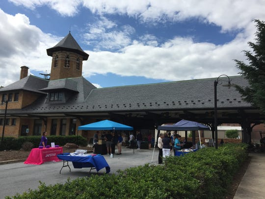 A picturesque day at the inaugural Mondays' Market